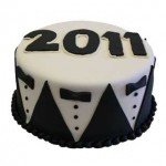 Cakes-Decorated-New-Years-Tux--Year_MD