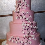 pink-and-white-wedding-cakes