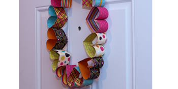 Paper Hearts Valentines Day Door Wreath {tutorial}
