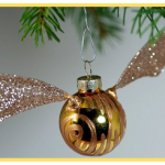 Make a Golden Snitch Ornament {tutorial}