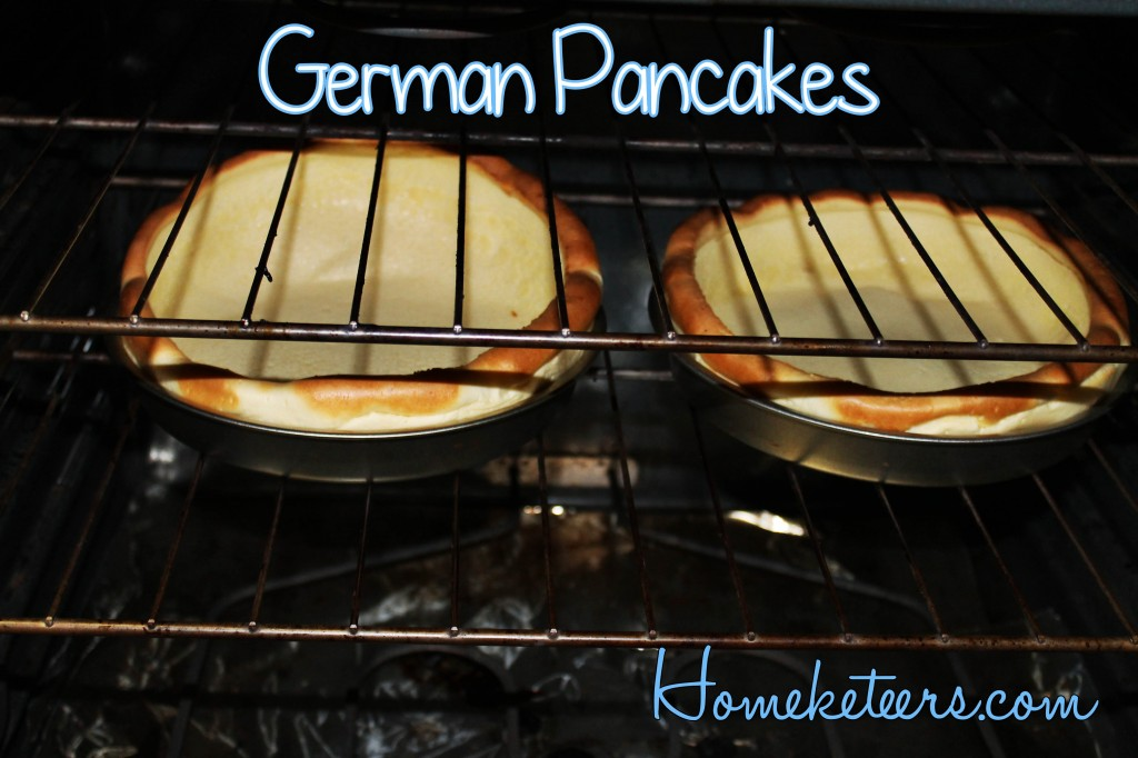 Easy German Pancake Recipe ~ Homeketeers #Breakfast #Recipe