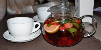 strawberry-tea