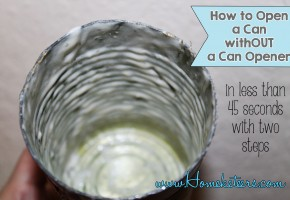 How to remove the top of a can without a Can Opener ~ #EmergencyPreparedness #Survival #Camping