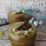 Delicious & Easy S'more's Cupcakes {in a mason jar}